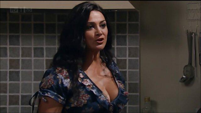 Teen Analysis-RIA-جوجه های شاد برای اولین بار عاشق کانال تلگرام سکسی داغ مقعد هستند