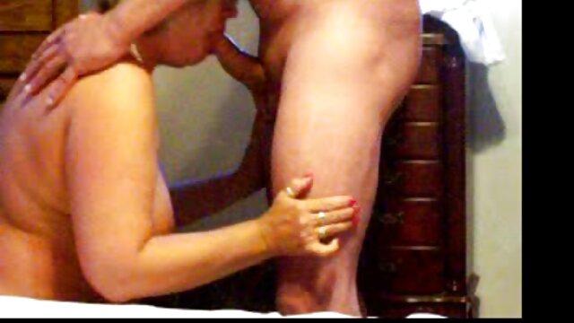 اولین صحنه های کانال سکسی یاهو جنسی و چهره های زیبا از امیلی ویلیس