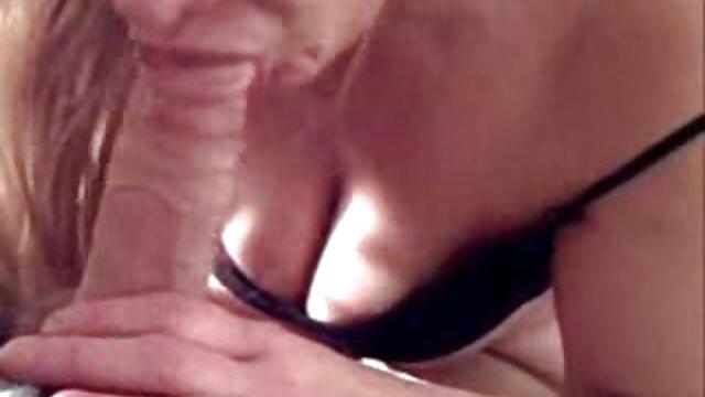 دنی کانال تلگرام سکس کارتونی وودوارد مقعد در یک میله باز