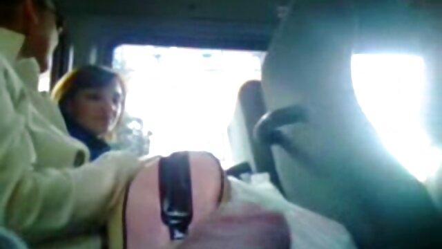 ویتوریا دولچه چاق و چله گلو عمیق خود را عضو کانال تلگرام سکسی پر کرد